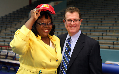 Tonya Woods of Lewis Elementary, pictured with Houston ISD superintendent Terry Grier, is one of the district's Principals of the Year.