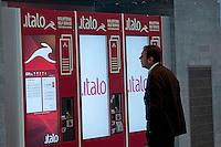 Roma  23 Maggio 2012.La nuova Stazione Tiburtina dell'alta velocità..Casa Italo, Biglietteria self-service..