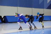 SCHAATSEN: SALT LAKE CITY: Utah Olympic Oval, 13-11-2013, Essent ISU World Cup, training, Annouk van der Weijden (NED), Manon Kamminga (NED), Brooke Lochland (AUS), ©foto Martin de Jong