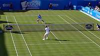Andy Murray (GBR) agianst Ivan Navarro (ESP) in the second round of the men's singles. Andy Murray beat Ivan Navarro 7-6 6-3..Tennis - ATP World Tour - AEGON Championships - Queen's Club - London - Day 2 - Tues 08 Jun 2010..© AMN Images - Level 1, Barry House, 20-22 Worple Road, London, SW19 4DH.Tel - +44 (0) 208 947 0100.email - mfrey@advantagemedianet.com. www.photoshelter.com/c/amnimages.