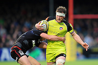 Brendon O'Connor of Leicester Tigers is tackled by Owen Farrell of Saracens. Aviva Premiership match, between Saracens and Leicester Tigers on October 29, 2016 at Allianz Park in London, England. Photo by: Patrick Khachfe / JMP