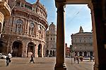 Piazza de Ferrari and Palazzo della Nuova Borsa across the way