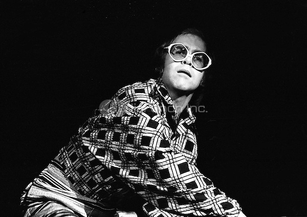 Elton John performing in 1973. Credit: Ian Dickson/MediaPunch