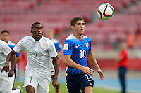 Santiago, Chile - Saturday, October 17, 2015: The USMNT U-17 take on Nigeria in their first round game during the 2015 FIFA U-17 World Cup at Stadium Nacional Julio Martínez Prádanos.