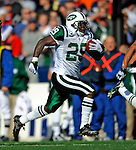 2 November 2008:  New York Jets' running back Leon Washington (29) in action against the Buffalo Bills at Ralph Wilson Stadium in Orchard Park, NY. The Jets defeated the Bills 26-17 improving their record to 5 and 3 for the season...Mandatory Photo Credit: Ed Wolfstein Photo