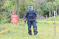 Entrenamiento Desminado / Demining Training. Cocorna, Colombia. 16-04-2015