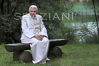 Private walk, Pope Benedict XVI in Domegge, in Italy's Dolomite mountains.July 23, 2007.