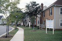 1990 October 01..Redevelopment...MiddleTowne Arch..Exteriors Front of homes...NEG#.NRHA#..