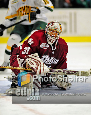 23 January 2009: University of Massachusetts Minutemen goaltender Paul Dainton, a Sophomore from Fort McMurray, Alberta, in action against the University of Vermont Catamounts during the first game of a weekend series at Gutterson Fieldhouse in Burlington, Vermont. The Catamounts defeated the visiting Minutemen 2-1. Mandatory Photo Credit: Ed Wolfstein Photo
