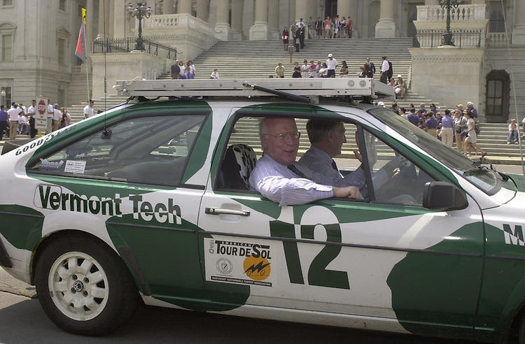 car.1(TW)051800--Sens. Leahy and Jeffords test drive a solar powered car made by members of the Vermont Technical College.