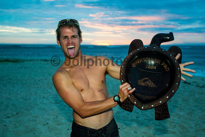 Cloudbreak, Fiji. Damien Hobgood (USA) took out the 2004 Quiksilver Pro Fiji defeating Andy Irons (HAW) in the final. Photo: joliphotos.com