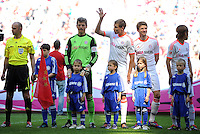 FUSSBALL   1. BUNDESLIGA  SAISON 2011/2012   33. Spieltag FC Bayern Muenchen - VfB Stuttgart       28.04.2012 Torwart Hans Joerg Butt, Holger Badstuber, Thomas Mueller (v. li., FC Bayern Muenchen)