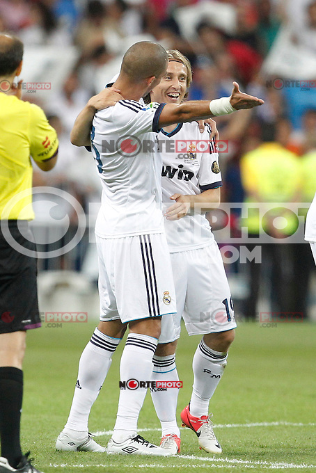 Real Madrid's Pepe and Luka Modric during Spanish Supercup 2nd match on august 29 2012...Photo: Cebola / Cid-Fuentes / ALFAQUI /NortePhoto.com<br />