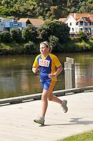 Wanganui 3 Bridges Marathon, 3/4 Marathon &amp; Half Marathon plus 5km and 10km Events in Wanganui, New Zealand on Saturday 8th December 2012. Photo by Masanori Udagawa.<br /> www.photowellington.com
