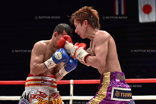(R-L) Ryoichi Taguchi (JPN), Kwanthai Sithmorseng (THA),<br /> MAY 6, 2015 - Boxing :<br /> Ryoichi Taguchi of Japan hits Kwanthai Sithmorseng of Thailand in the fifth round during the WBA light flyweight title bout at Ota-City General Gymnasium in Tokyo, Japan. (Photo by Hiroaki Yamaguchi/AFLO)