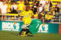 24 OCTOBER 2010:  Philadelphia Union goalkeeper Chris Seitz (1) makes a save against Columbus Crew forward Emilio Renteria (20) during MLS soccer game at Crew Stadium in Columbus, Ohio on August 28, 2010.