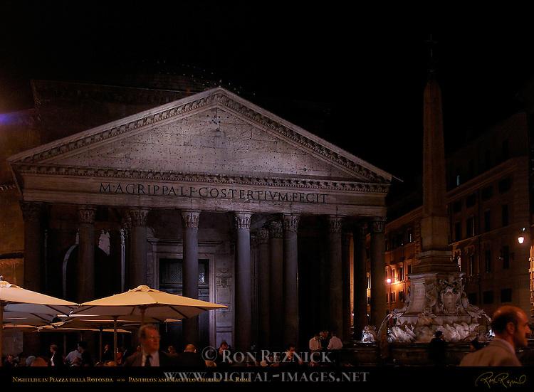 Nightlife in Piazza della Rotunda Pantheon Campus Martius Rome