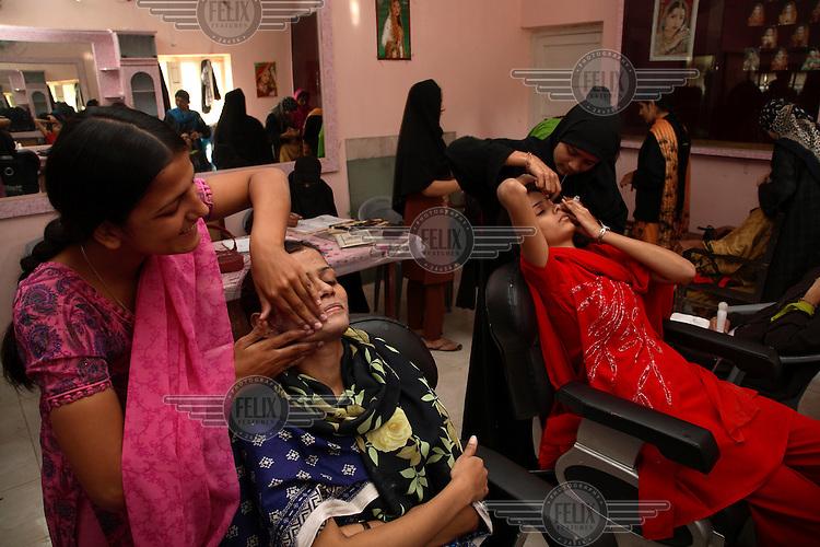 Trainee beauticians at the Iysha Siddiqua Vocational Centre.