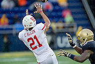 Annapolis, MD - OCT 8, 2016: Houston Cougars wide receiver Chance Allen (21) brings in a catch during game between Houston and Navy at Navy-Marine Corps Memorial Stadium Annapolis, MD. The Midshipmen upset #6 Houston 46-40. (Photo by Phil Peters/Media Images International)