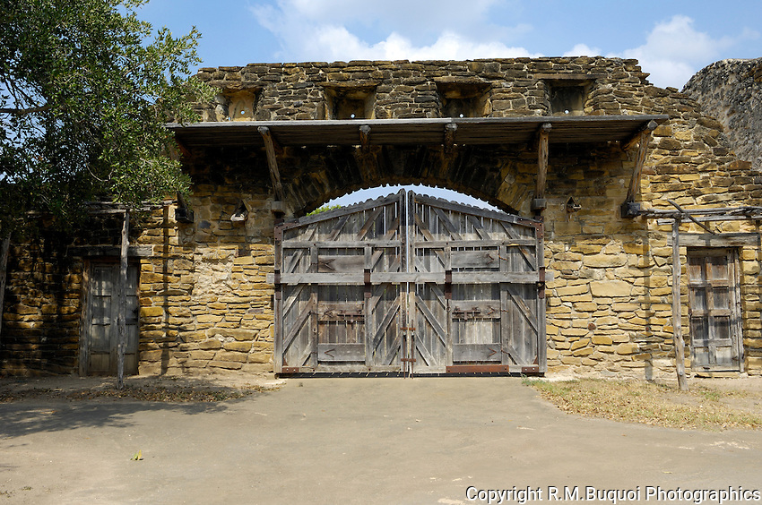 Mission San Jose Gate