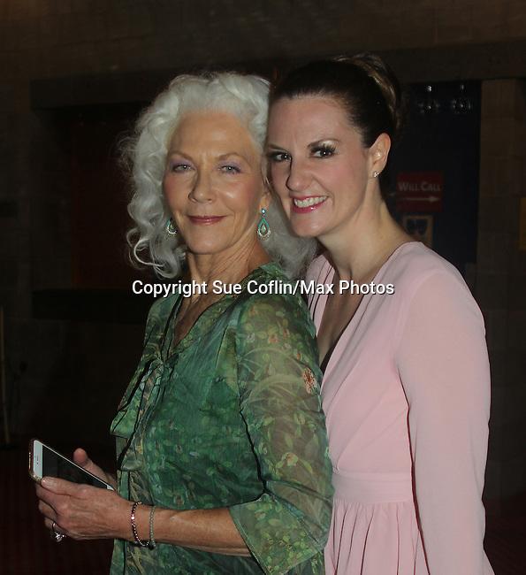 07-23-16 Linda Thorson - OLTL - Eleanor Handley - ATWT star in Blithe Spirit