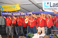 IFKS Sk&ucirc;tsjesilen Lemmer 10-8-2013<br /> Sk&ucirc;tsje Wylde Wytse met schipper Sikke Heerschop IFKS kampioen 2013 &copy;foto Martin de Jong