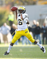 WEST LAFAYETTE, IN - OCTOBER 06: Quarterback Denard Robinson #16 of the Michigan Wolverines rolls out of the pocket to pass against the Purdue Boilermakers at Ross-Ade Stadium on October 6, 2012 in West Lafayette, Indiana. (Photo by Michael Hickey/Getty Images) *** Local Caption *** Denard Robinson
