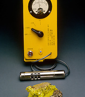 GEIGER COUNTER AND URANIUM MINERAL AUTUNITE<br />