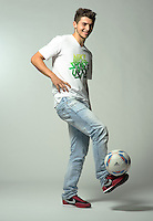 FUSSBALL   1. BUNDESLIGA   SAISON 2011/2012     Matthias ZIMMERMANN (Borussia Moenchengladbach) beim Fotoshooting mit motivio-Partner Pressefoto ULMER.