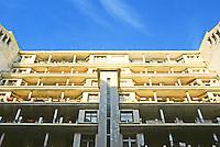 Henri Sauvage: Rue Hermann--La Chapelle, Paris. Northside looking up--Rue Des Amiraux. 1923-25. Photo '90.