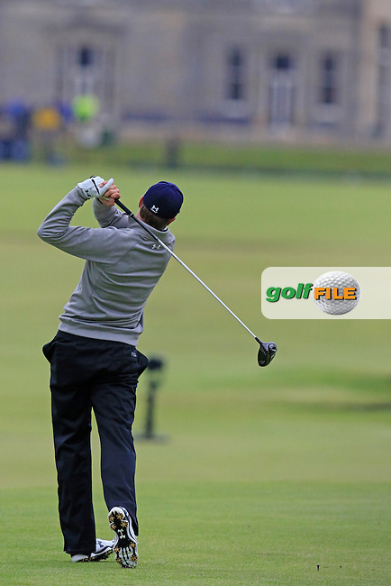 Jordan Spieth (USA) tees off the 18th tee during Monday's Final Round of the 144th Open Championship, St Andrews Old Course, St Andrews, Fife, Scotland. 20/07/2015.<br /> Picture Eoin Clarke, www.golffile.ie