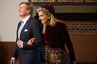 Le roi Willem-Alexander des Pays-Bas et la reine Maxima des Pays-Bas au Parlement hollandais de La Haye.<br /> Pays-Bas, La Haye, 28 novembre 2016.<br /> King Willem-Alexander of The Netherlands and Queen Maxima of The Netherlands at the 'Binnenhof' governmental building complex in The Hague, on the second day of a three-day State visit of the Belgian royal couple to The Netherlands.<br /> Netherlands, The Hague, 29 November