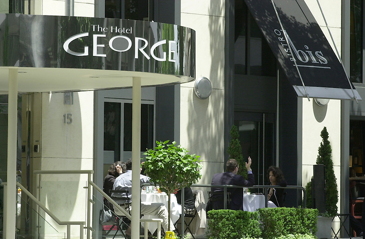 Robbery 2(DG) 053100 -- The Hotel George/Bistro Bis Restaurant robbery scene.