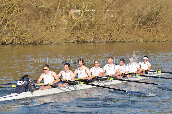 152 SEN.8+ Henley RC..Reading University Boat Club Head of the River 2012. Eights only. 4.6Km downstream on the Thames form Dreadnaught Reach and Pipers Island, Reading. Saturday 25 February 2012.