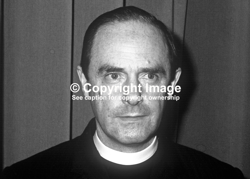 Rev Robert Lynas, Moderator, Presbyterian Church in Ireland, 1972-1973. 197202000191<br />