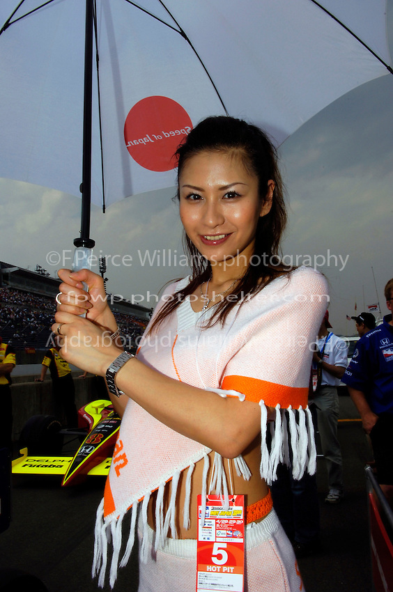28-30 April, 2005 Twin Ring Motegi, Japan .Japanese Umbrella Girl.Copyright©F.Peirce Williams 2005.  ref.Digital Image Only..F. Peirce Williams .photography.P.O.Box 455 Eaton, OH 45320.p: 317.358.7326  e: fpwp@mac.com.