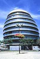 "Sir Norman Foster: London City Hall, viewed from south. It tilts to the south to  ""avoid solar gain"". Photo '05."