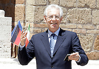 Il Presidente del Consiglio Mario Monti sorride prima dell'inizio del Vertice Quadrilaterale fra Italia, Spagna, Francia e Germania, a Villa Madama, Roma, 22 giugno 2012..Italian Premier Mario Monti smiles prior to the beginning of the Quadrilateral Summit among Italy, Spain, France and Germany, at Villa Madama, Rome, 22 june 2012..UPDATE IMAGES PRESS/Riccardo De Luca