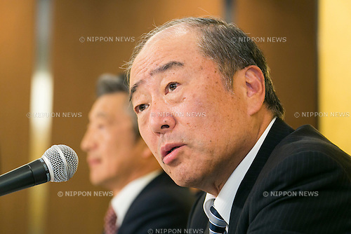Takashi Tsukioka Representative Director & Chief Executive Officer of Idemitsu Kosan Co Ltd. announces plans for his company to buy a 1/3 stake in Showa Shell Sekiyu from Royal Dutch Shell at a news conference held at the New Otani Hotel on July 30th, in Tokyo, Japan. Idemitsu Kosan is currently Japan's second biggest oil refiner with Showa Shell ranked fifth. Idemitsu Kosan will pay approximately $1.4 billion for the stake, and the deal should see it competing for the number one spot in the competitive Japanese market. Shell will retain a small stake in Show Shell and will benefit from the influx of capital. Pending approval the deal is expected to be complete in 2016. (Photo by Rodrigo Reyes Marin/AFLO)