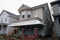 1996 February 10.Conservation.Lamberts Point...Acquisitions.Front Exterior.1419 West 38th Street on right....NEG#.NRHA#..CONSERV: Lambert2 7:11