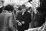 Sir Alec Guinness London UK 1977.  Soho market London UK 1977.