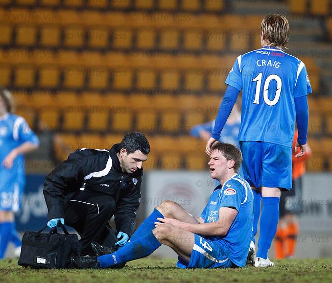 Jamie Adams injured