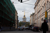 Cathedral of St Peter and St Paul, The Admiralty, St Petersburg, Russia. The Peter and Paul Cathedral is located inside the Peter and Paul Fortress in St. Petersburg, Russia. The fortress, originally built under Peter the Great and designed by Domenico Trezzini is the first and oldest landmark in St. Petersburg. .///.Amiraute clocher de la cathedrale Saint Pierre et Saint Paul