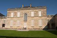 the private inner court yard chateau phelan segur st estephe medoc bordeaux france