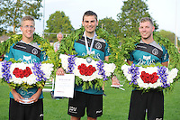 KAATSEN: HEERENVEEN: 03-07-2015, Masterskaatsen, Winnaars Menno van Zwieten, Dylan Drent en Hans Wassenaar (Koning), ©foto Martin de Jong