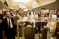 Roma 3 Ottobre 2013<br /> Celebrazioni per gli 80 Anni di Relazioni Diplomatiche tra Arabia Saudita e Italia.<br /> Il Ministro dei Beni e Attivit&agrave; Culturali e Turismo  Massimo Bray ,  il Sindaco di Roma  Ignazio  Marino e il Presidente della Commissione Saudita per le Antichit&agrave; e il Turismo Sua Altezza Reale  il Principe Sultan bin Salman Bin Abdul Aziz Al Saud, inaugurano la mostra &quot;Alla scoperta dell'Arabia Saudita&quot;  al Vittoriano, impugnando le  tradizionali spade arabe.<br /> Saudi Cultural Days in Rome<br />  The Minister of Arts and Culture and Tourism Maximum Bray, the Mayor of Rome Ignazio Marino,  President of the Saudi Commission for Tourism and Antiquities  His Royal Highness Prince Sultan bin Salman bin Abdul Aziz Al Saud, opened the exhibition &quot;Discovery  Saudi Arabia &quot;at the Vittoriano Monument, holding the traditional Arab swords
