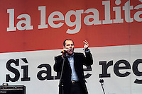 Roma 13 Marzo 2010.Manifestazione del Centrosinistra a Piazza del Popolo  per protestare  contro il decreto salva-liste per le elezioni regionali  approvato dal Governo Berlusconi.Paolo Ferrero, Rifondazione Comunista..Roma March 13, 2010.The parties of the center left against the decree-saving lists for regional elections approved by the Berlusconi government