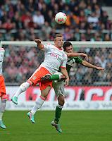 FUSSBALL   1. BUNDESLIGA  SAISON 2012/2013   6. Spieltag  29.09.2012 SV Werder Bremen - FC Bayern Muenchen    Xherdan Shaqiri (li, FC Bayern Muenchen) gegen Zlatko Junuzovic  (SV Werder Bremen)