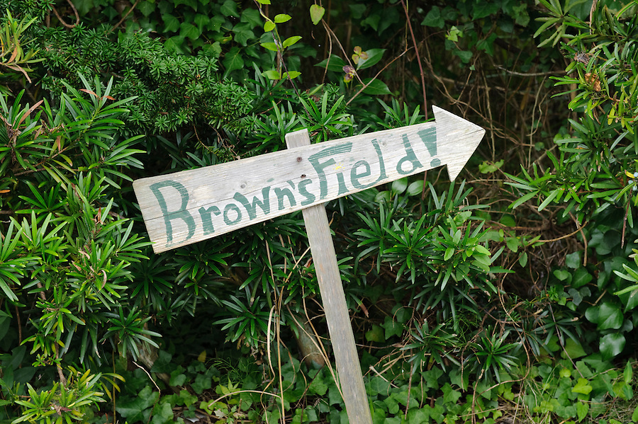 A sign pointing to Brown's Field, Isumi, Chiba Prefecture, Japan, August 8, 2009.The organic farm introduces healthy and sustainable living in the Japanese countryside. It is staffed by the Brown family and volunteers from around the world.