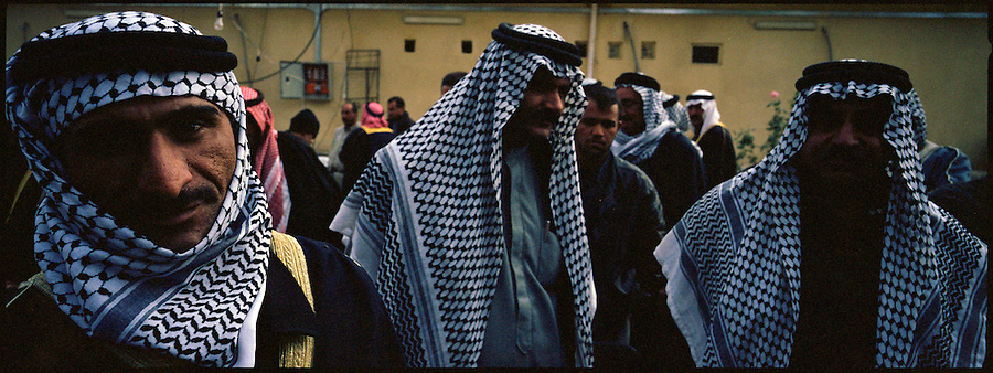Col. David Sutherland, commanding officer of the 1st Cavalry Division's 3rd Heavy Brigade Combat Team which is stationed in Diyala Province, northeast of Baghdad, meets with dozens of tribal sheikhs from the area surrounding the provincial capital, Baquba on Sat. Dec. 2, 2006. The meeting was primarily attended by Sunni tribal leaders, though the province is populated by both Sunnis and Shiites, as well as Kurds. The Sunnis are feeling increasingly threatened by the Shiite militants and a Shiite dominated provincial-government.<br />